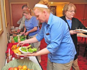 ACENet Caravan Brings Tasty Treats to Hampton Inn